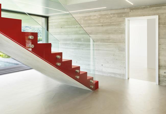 Betonnen Trap Voorbeelden : Houten trap verven